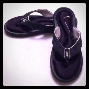 NIKE Black Thong Sandals Comfort Footbed Slip-On-8